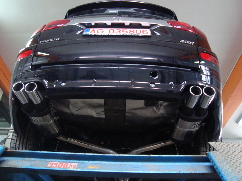 Peugeot 4007 – dual exhaust
